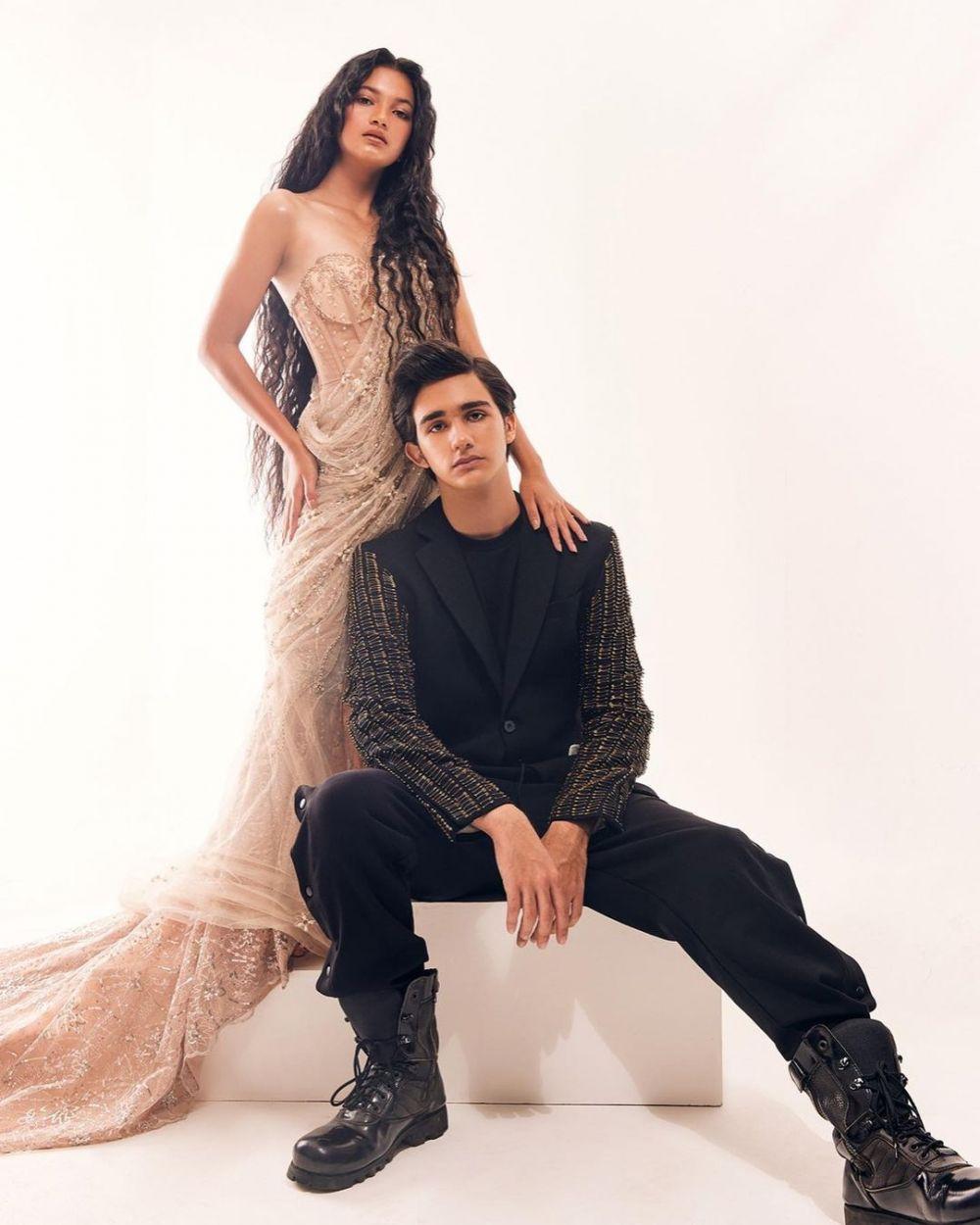 10 Photoshoot Mesra Emiliano Cortizo dan Ratu Sofya, Pacaran?