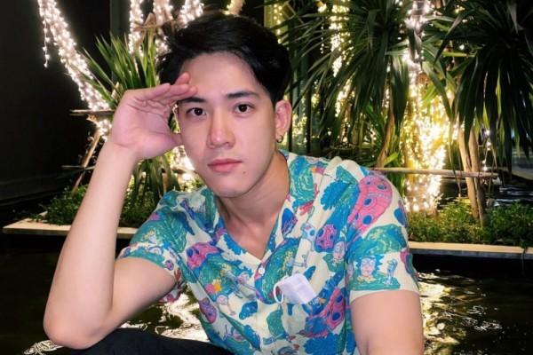 9 Potret Victor Zheng yang Jadi Pacar Baifern di Drama 46 Days