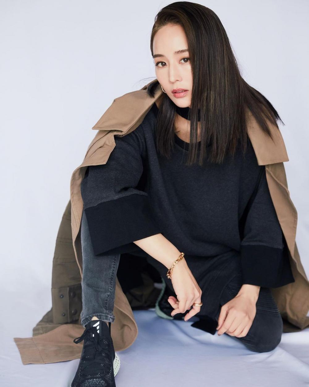 10 Potret Janine Chang, Sosok Ou Ke Xing di CDrama Never Say Goodbye
