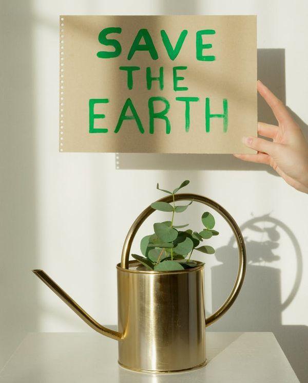 #GreenBeauty 5 Tips Memilih Skin Care Ramah Lingkungan untuk Jaga Bumi