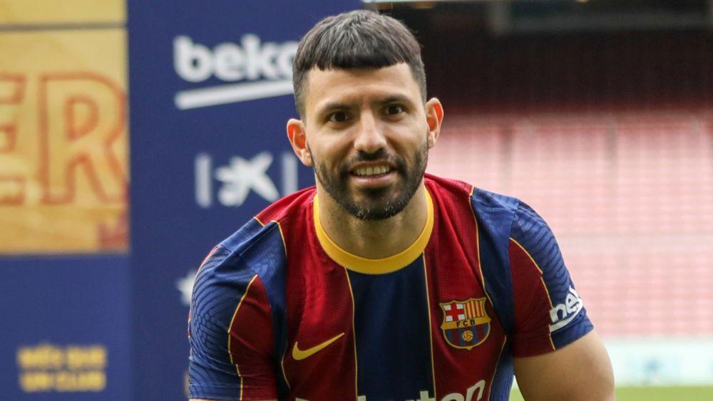 5 Pemain yang Bisa Menjadi Tandem Messi di Barcelona pada Musim Depan