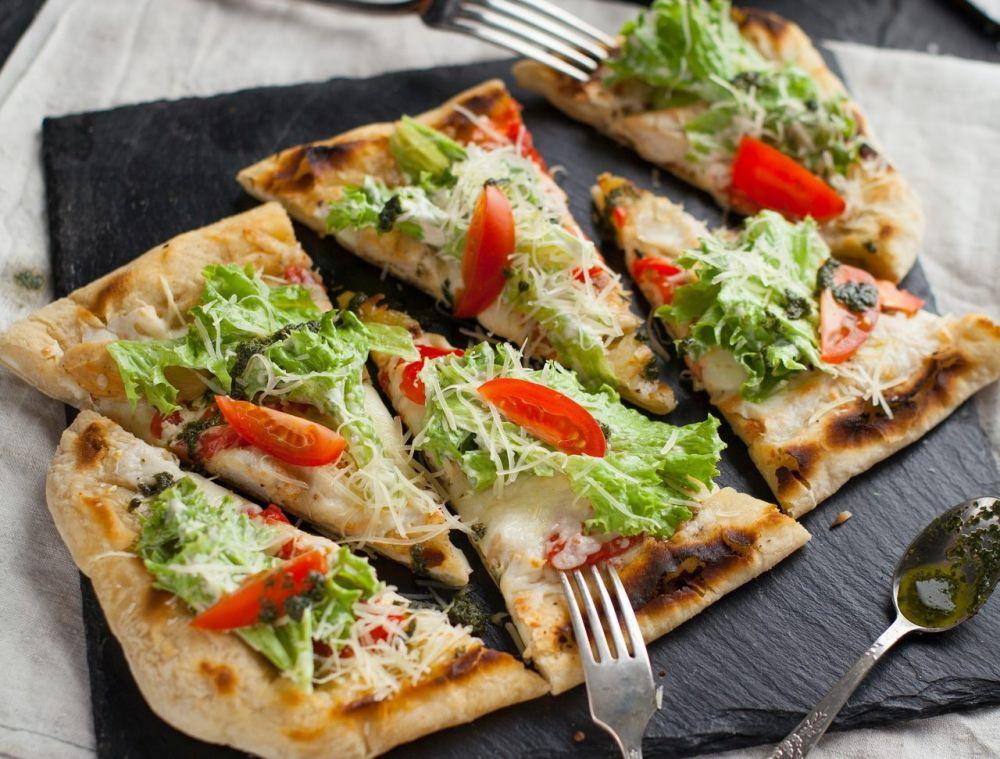 5 Santapan Menarik dari Caesar Salad untuk Menambah Porsi Makan Sayur