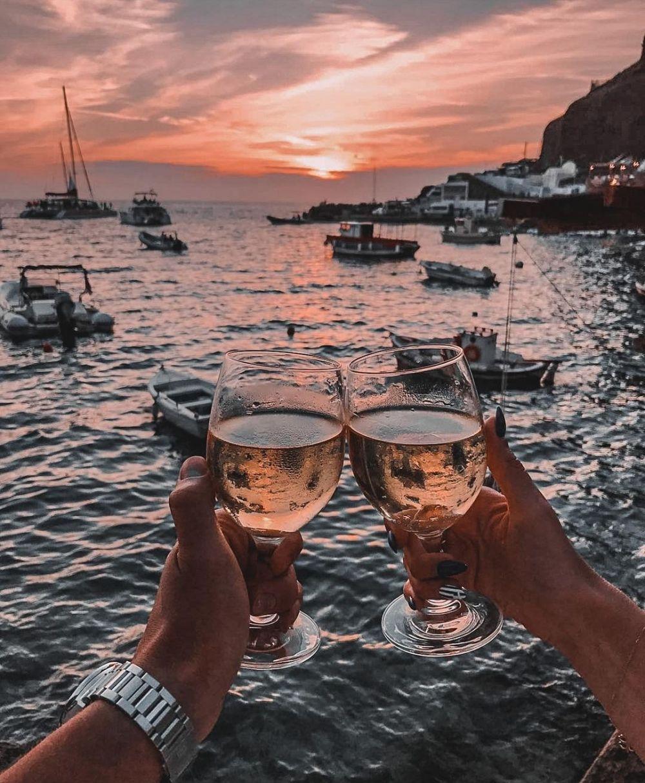10 Pesona Ammoudi, Pelabuhan di Santorini Yunani yang Menawan