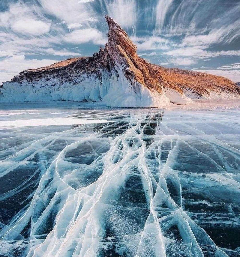 9 Fakta Menarik Lake Baikal, Danau Terdalam dan Tertua di Dunia