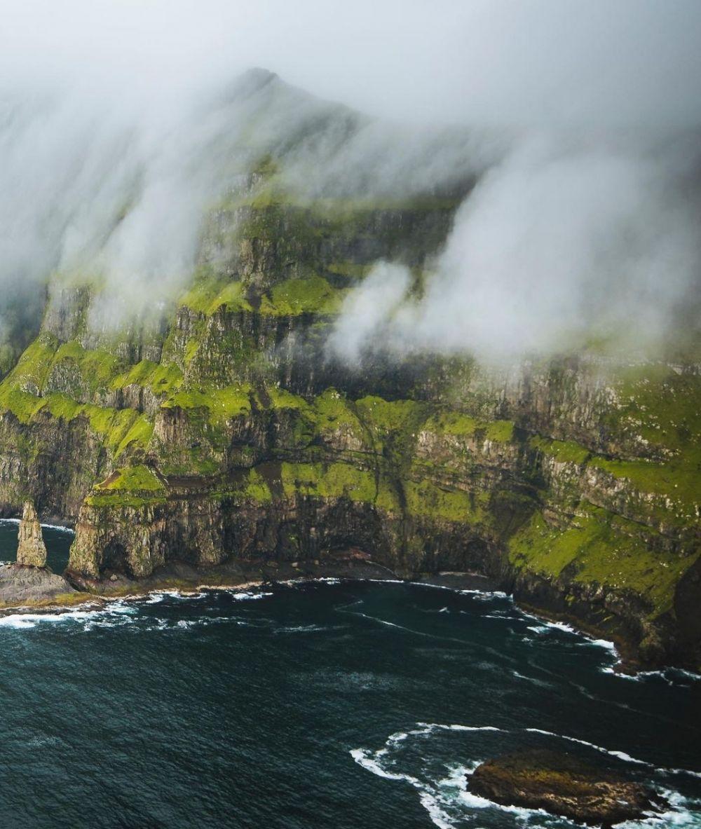 9 Pesona Keindahan Mykines, Pulau Paling Murni di Dunia