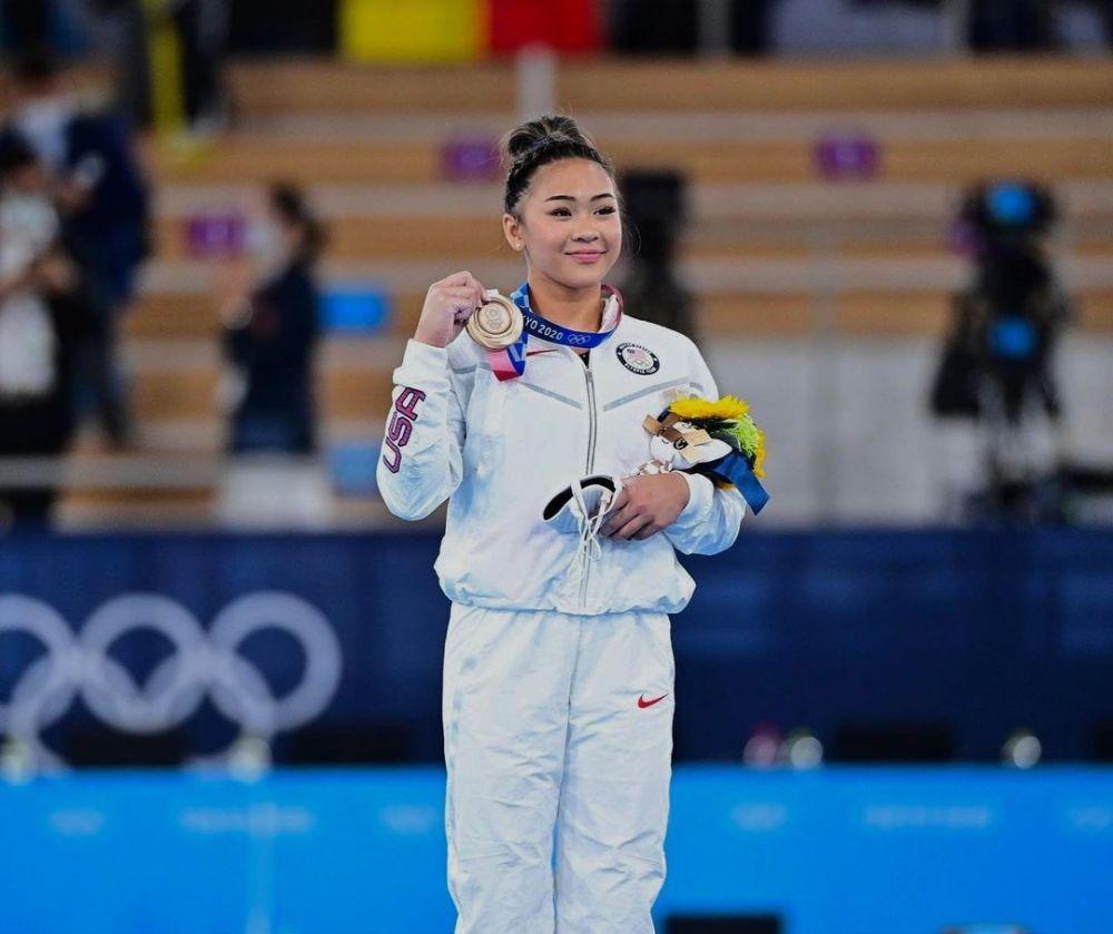 9 Fakta Sunisa Lee, Tak Dijagokan namun Berhasil Raih Emas Olimpiade