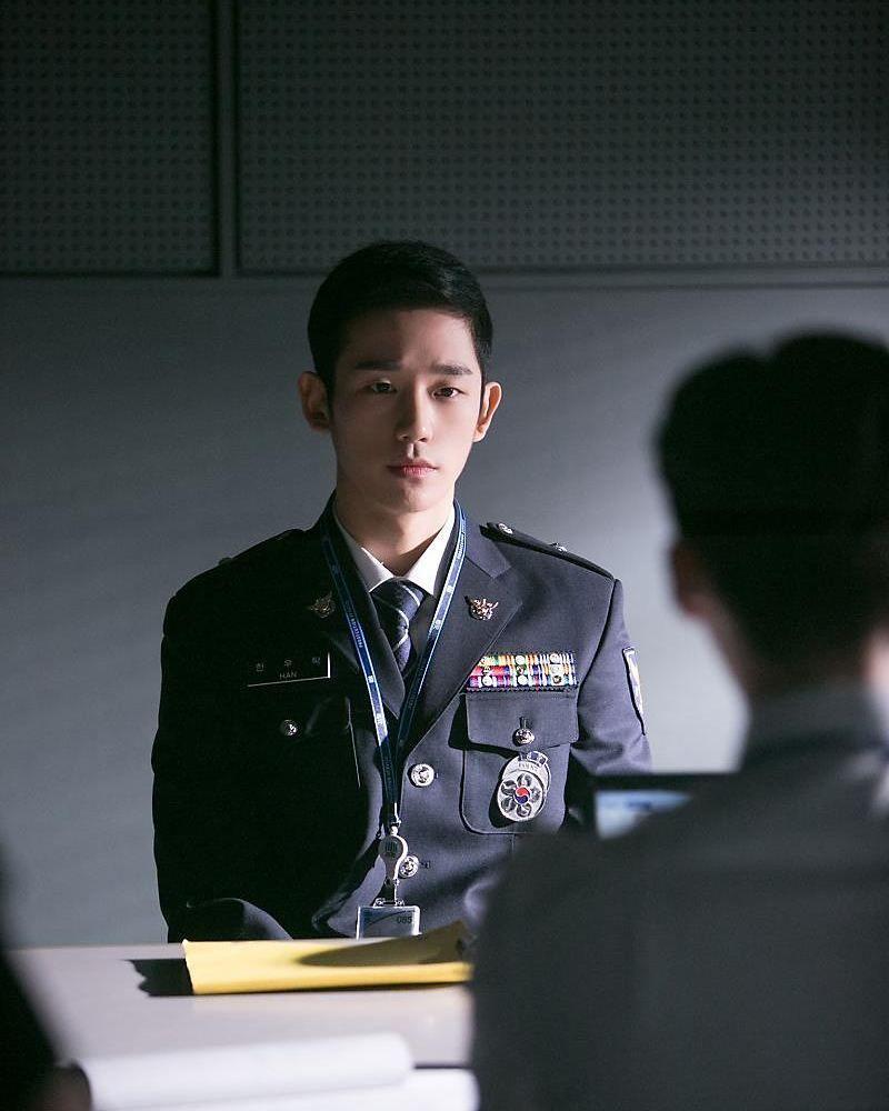 Comeback Akting Jadi Tentara, 13 Profesi Jung Hae In di Drama Korea