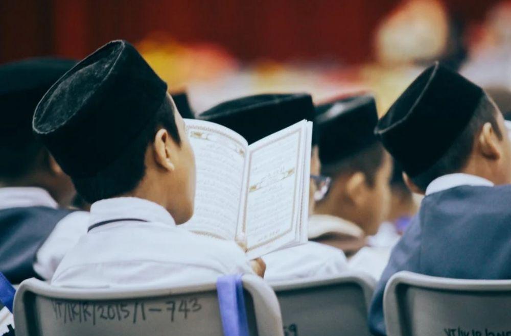 5 Tips Mudah Menjaga Hapalan Al-Quran Biar Gak Cepat Lupa