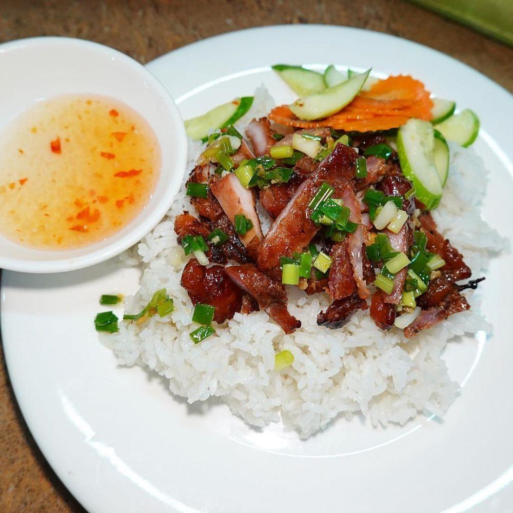 5 Hidangan Khas Kamboja yang Makin Nikmat Disajikan dengan Nasi