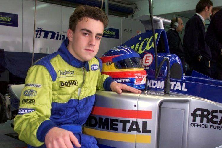 8 Juara Dunia Formula 1 yang Mengawali Karier di Tim Medioker