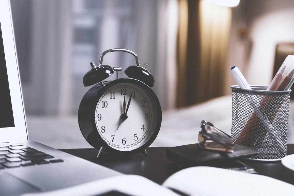 5 Keuntungan Pulang Kantor Tepat Waktu, Kerja Harus Efektif!