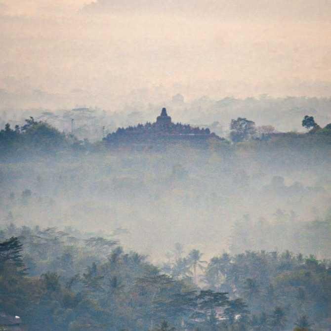 5 Spot Sunrise Terpopuler di Jawa tengah dan Jawa Timur, Menakjubkan!