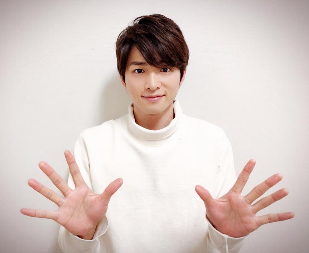 10 Potret Jin Shirasu, Pemeran Takumi di Dorama I Can't Escape Anymore