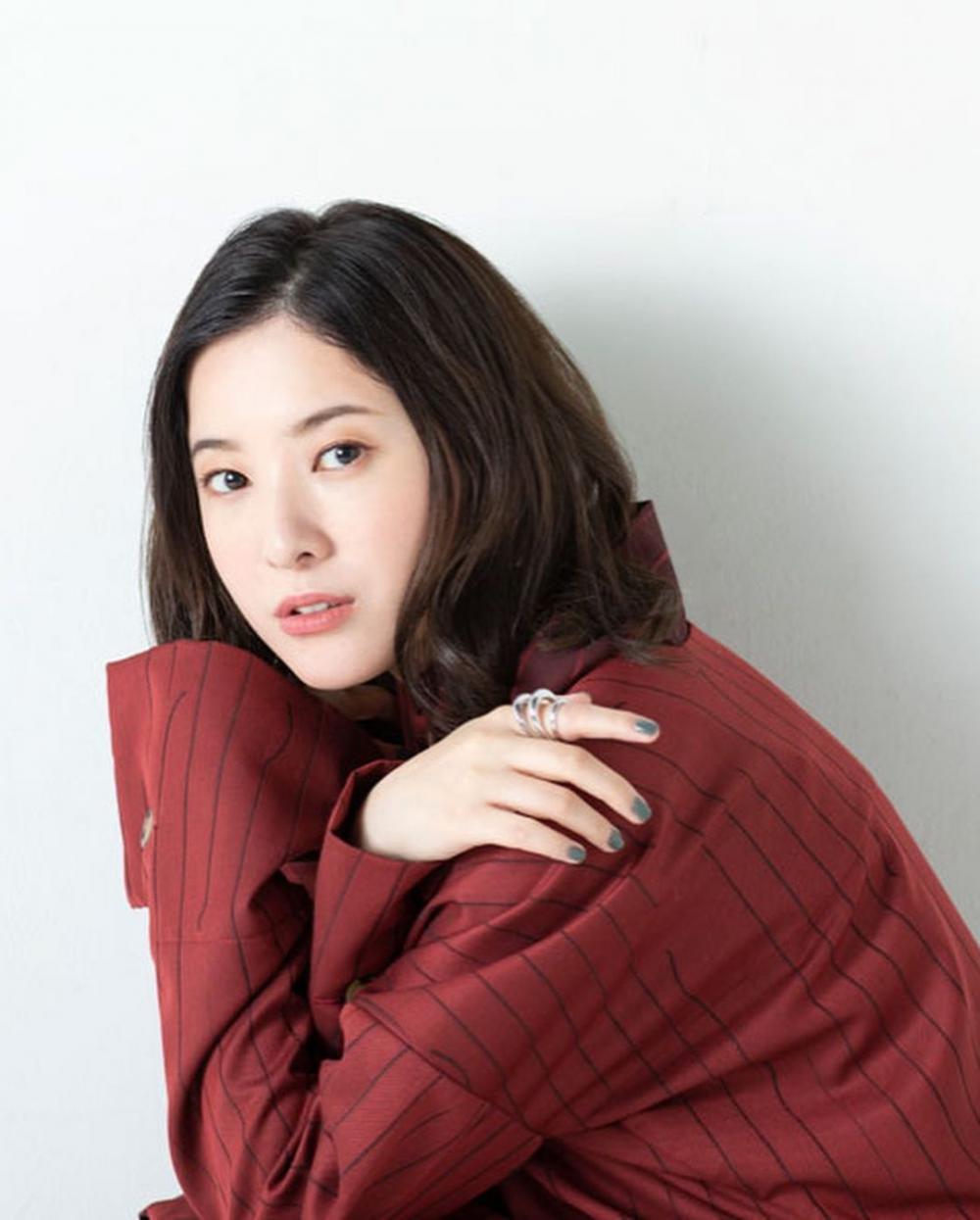 10 Potret Yuriko Yoshitaka, Lawan Main Arata Iura di Dorama Terbaru
