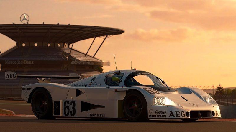 Berani Menantang Juara Dunia F1 Lewis Hamilton di Gran Turismo Sport?