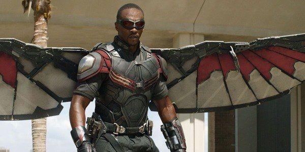 Begini Perkembangan Kostum Sam Wilson dari Falcon ke Captain America