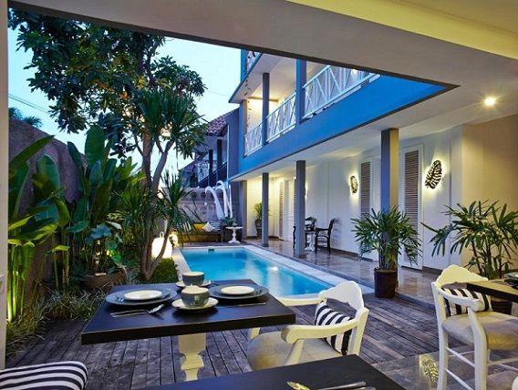 Terletak Di Jalan Petitenget Seminyak Hotel Ini Memiliki Kamar Yang Sangat Nyaman Dengan Harga 379000 Rupiah Bersih Dan Cantik