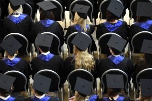 Melanjutkan Pendidikan di Usia yang Tak Lagi Muda? Siapa Takut?