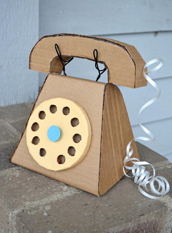 Buat Orang Tua Muda: Ini 15 DIY Mainan Kardus yang Bikin Anak Makin Cerdas