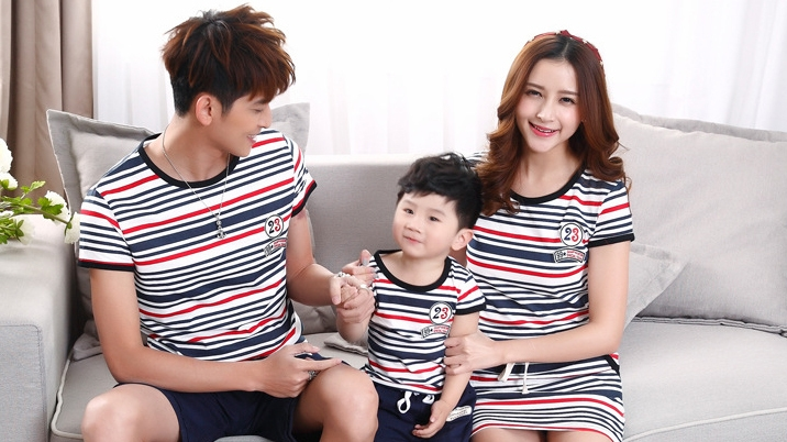 family-set-t-shirt-and-dresses-matching-mother-and-father-and-son-2015-summer-fashion-stripe-0e3579d05451d21f4e23621ec4d8c387.jpg