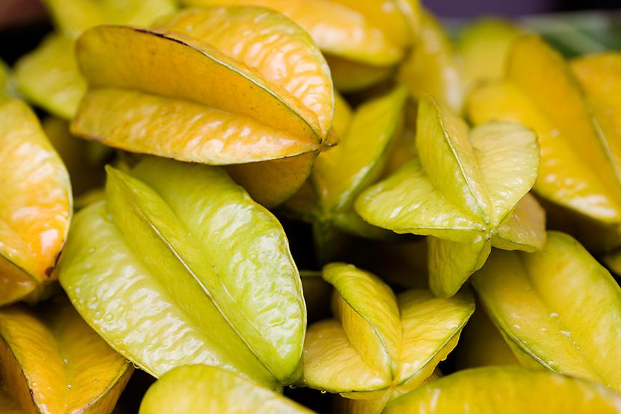 9 Trik Cerdas Pilih Buah-buahan yang Segar dan Enak di Pasar