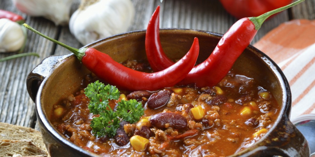 men-who-like-spicy-foods-are-alpha-males-1101859-twobyone-bb38aa81ff8d2b60dd750e72c4a9a2e7.jpg