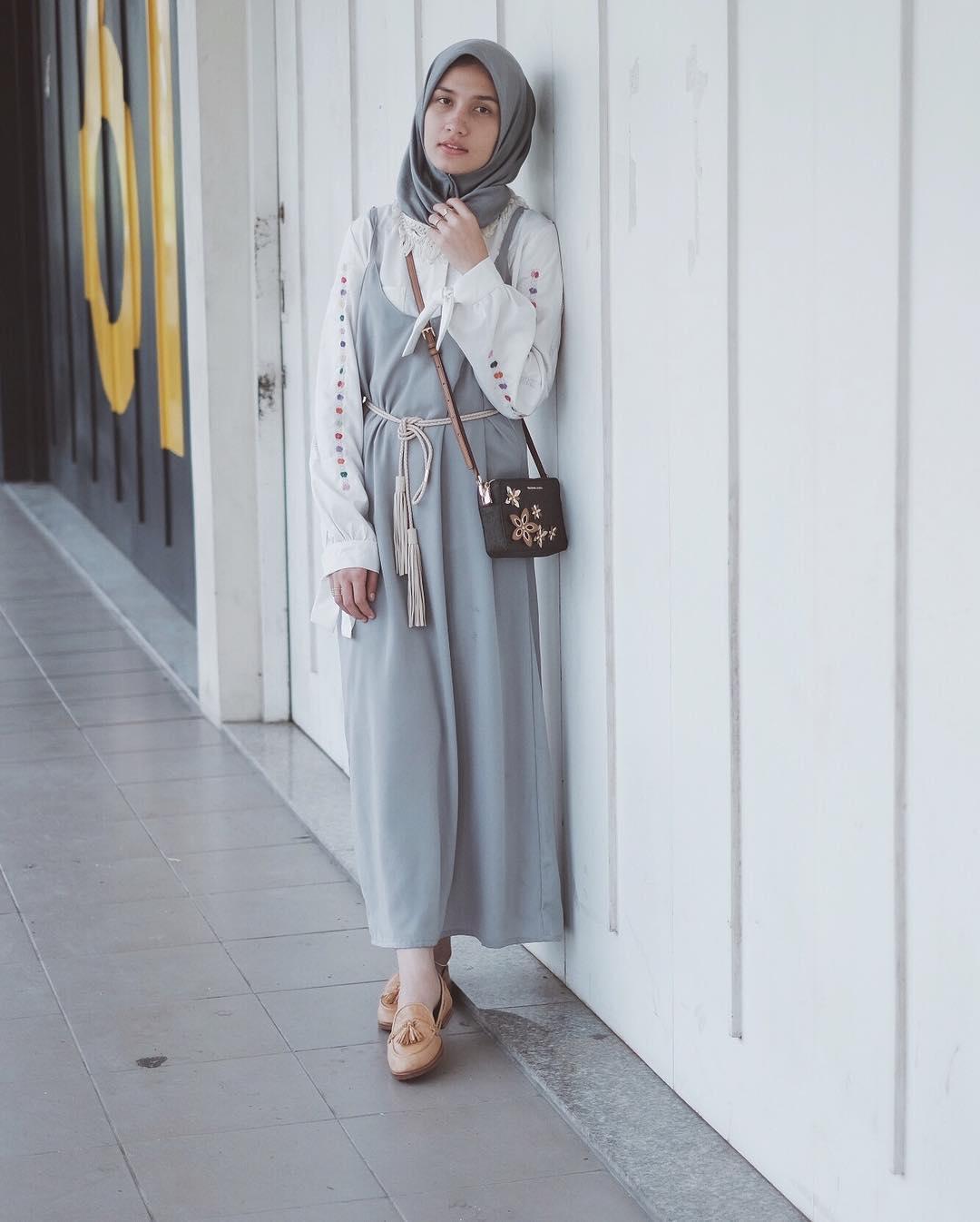 10 Style Hijab Kece Buat Cewek Bertubuh Kurus, Mau Tiru?