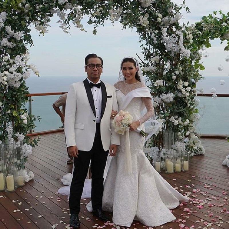 11 Dekorasi Pernikahan Elegan ala Seleb Indonesia