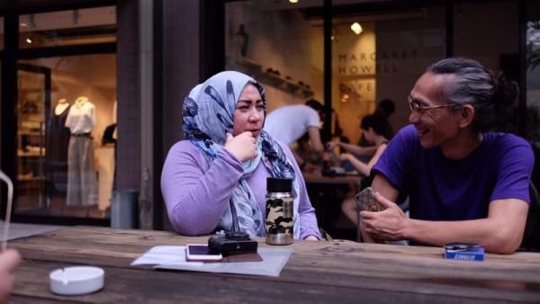 Sempat Berbeda Agama, 10 Pasangan Seleb Ini Akhirnya Satu Keyakinan