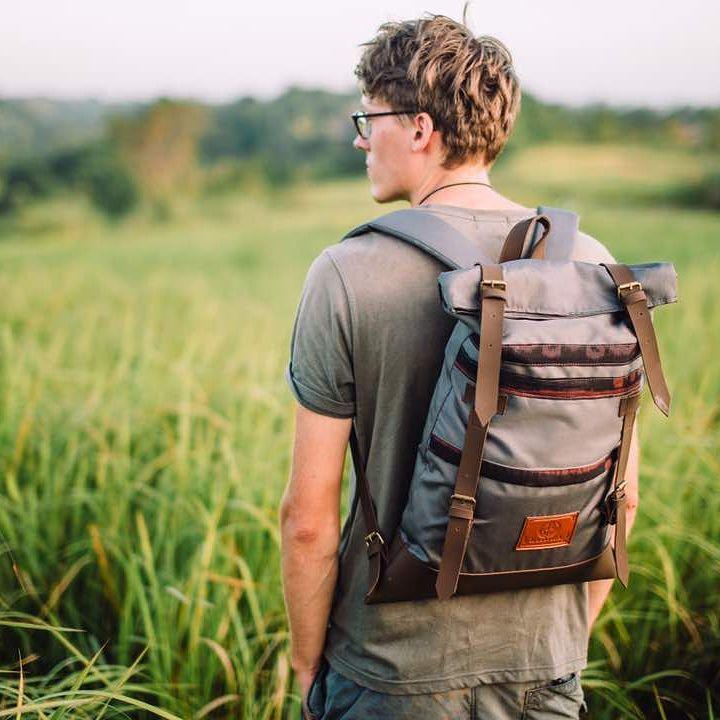 10 Merek Tas Lokal yang Cocok Buat Mahasiswa Baru