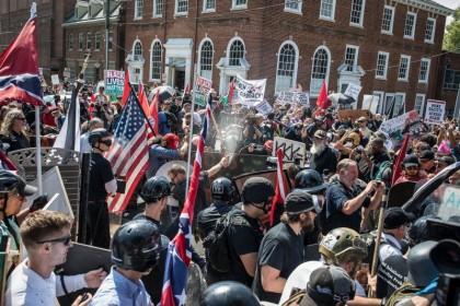 """Gara-gara Bentrok SARA, Pencarian kata """"Rasisme"""" Meningkat"""