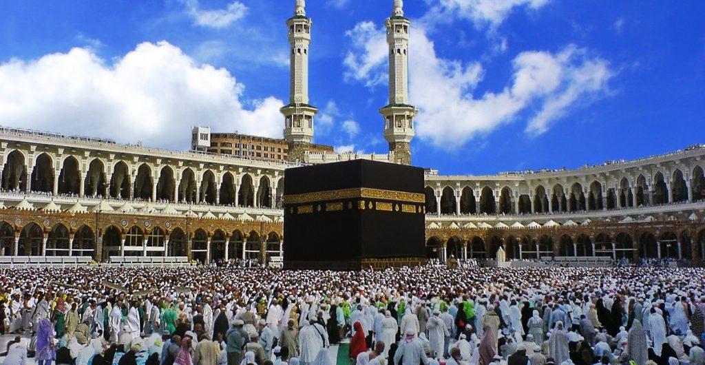 Mumpung Bulan Ramadan, Begini Cara Umroh Murah ala Backpacker!