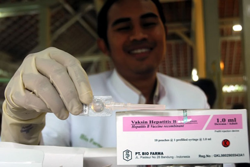 08-hepatitis-b-by-internasional-republika-22311c4624032e9b1ee35f8c346d9d4f.jpg