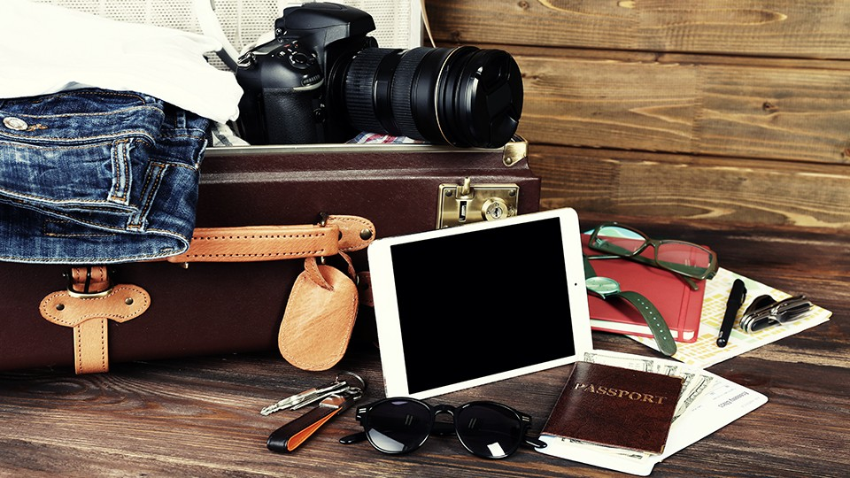 ts-guide-to-holiday-traveling-with-photo-gear-178a73acf5ec3c89bd9897c718f07f50.jpg