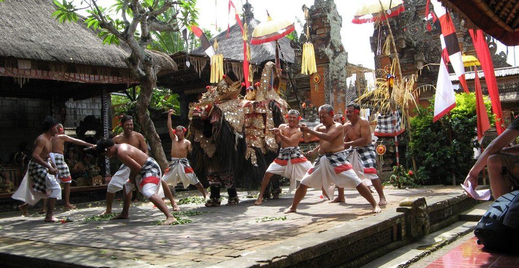 Wisata Ke Tarik Wisata Budaya Tarian Peuk