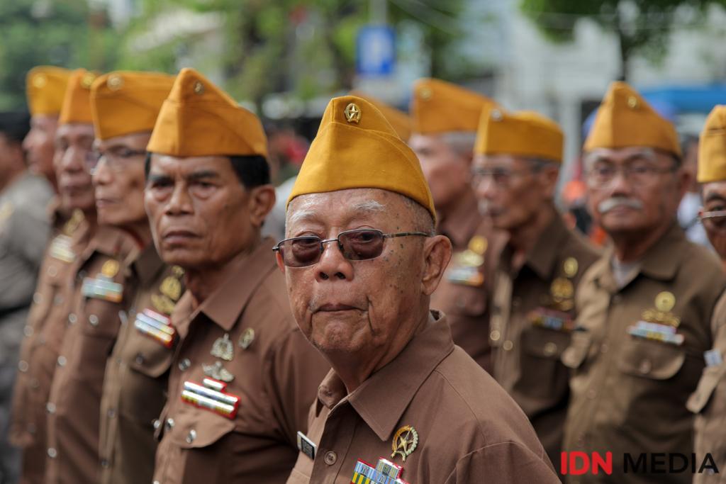 35 Potret Kemeriahan Parade Juang Surabaya, Seru Banget!