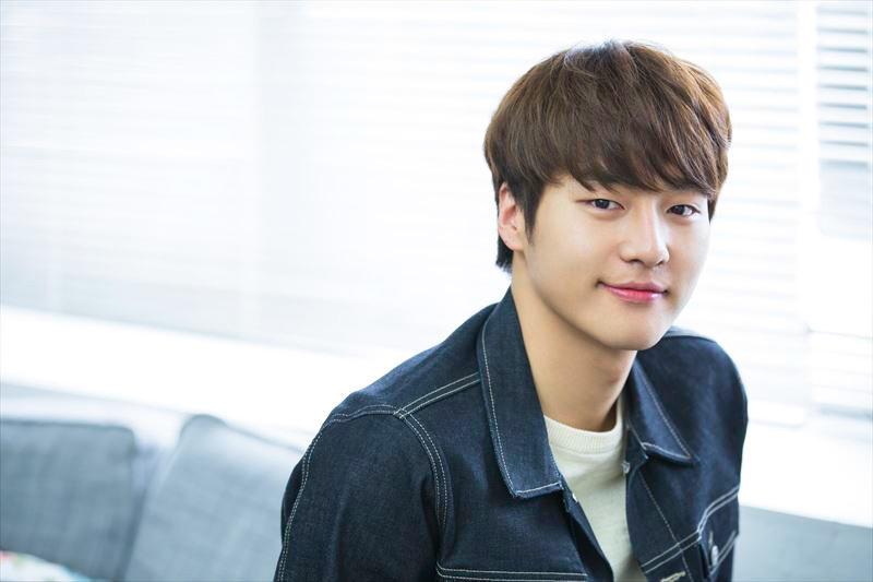 10 Aktor Korea Paling Bersinar Di 2017 Aktingnya Bikin Meleleh