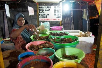 7 Makanan Kaki Lima di Surabaya yang Enak dan Murah, Dijamin Nagih!
