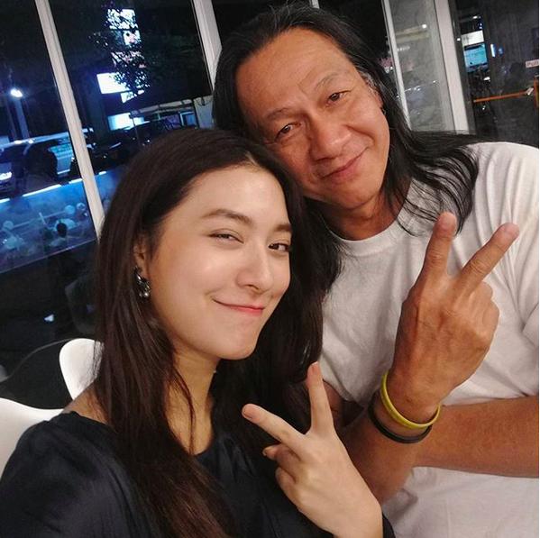 12 Potret Mew Nittha Bintang Film Thailand One Day yang Makin Memukau
