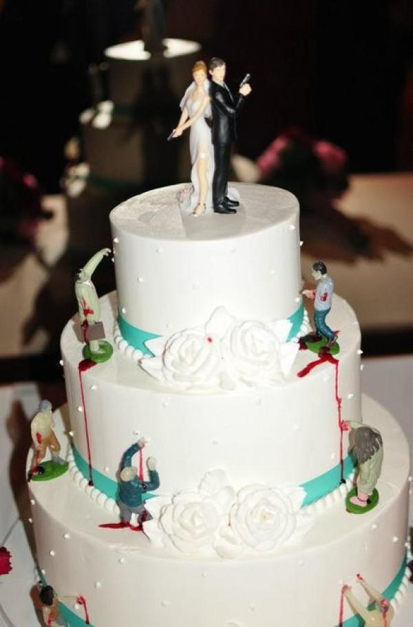 15 Kue Pernikahan Unik Ini Bikin Kamu Banjir Pujian, Cute Banget!