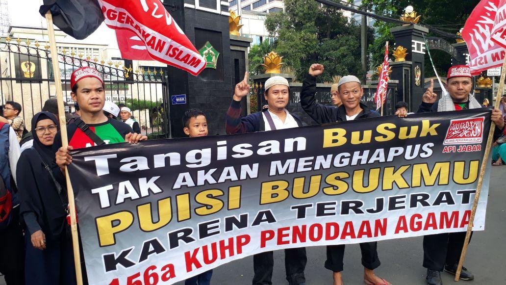 Massa Aksi 64 Tuntut Sukmawati Segera Diproses Hukum