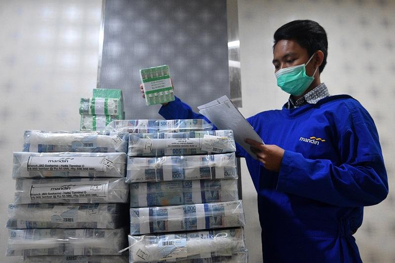 Nilai Tukar Rupiah ke Dolar Rp 14.000, Darmin: Hanya Sementara