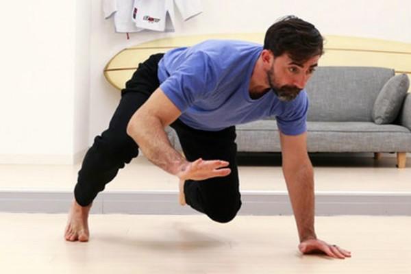 Tanpa Peralatan Khusus, 9 Gerakan Gym Ini Bisa Kamu Lakukan