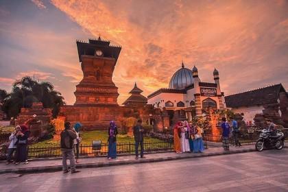 6 Lokasi Unik Paling Pas untuk Wisata Religi Selama Libur Lebaran
