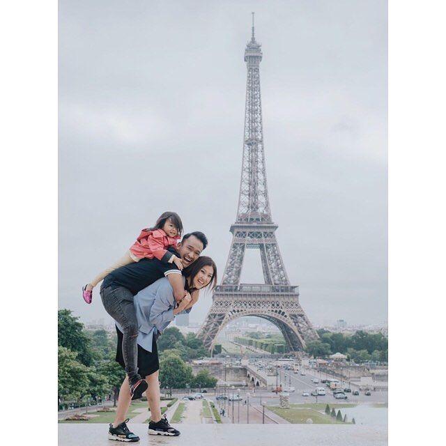 10 Potret Lucu Liburan Keluarga Ruben Onsu ke Paris, Kompak Abis!
