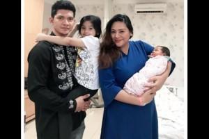 10 Potret Menggemaskan Baby Aneska, Putri Kedua Iko Uwais & Audy Item