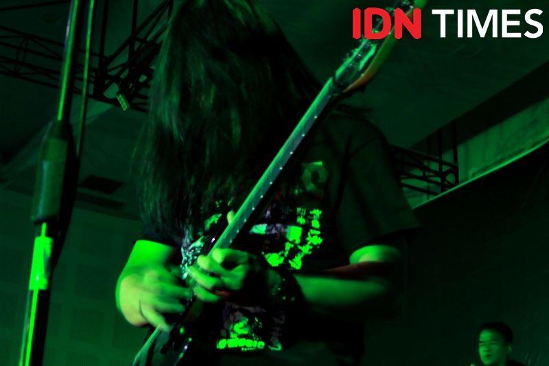 [Review] Sacred Geometry: Mini Album Pendobrak Ranah Musik Metal