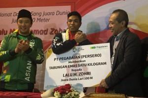 Tiba di Indonesia, Zohri Disambut Bonus Rp 250 Juta dan 1 Kg Emas