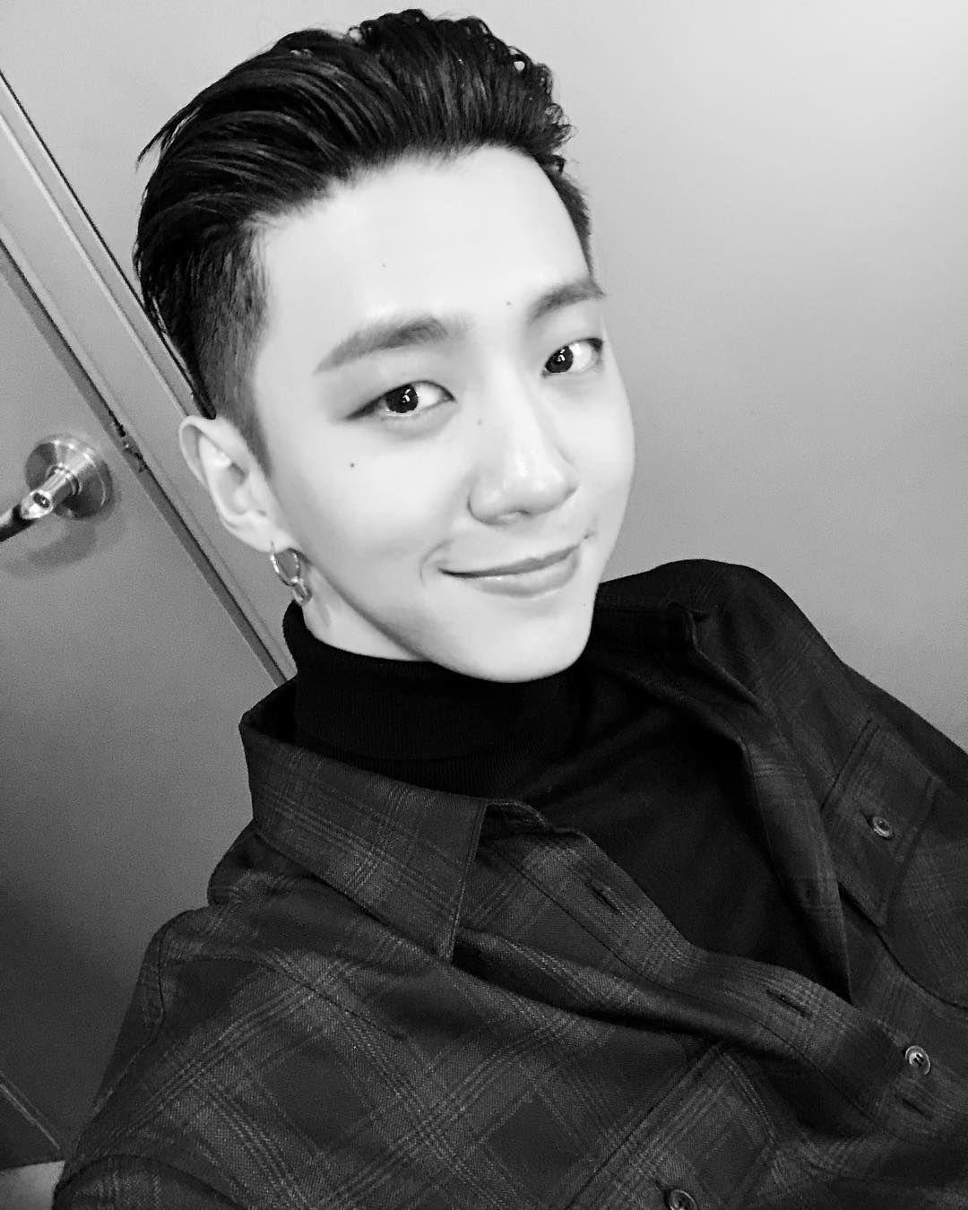 Bang Yongguk Resmi Tinggalkan B.A.P, 15 Perjalanan Karier sang Leader