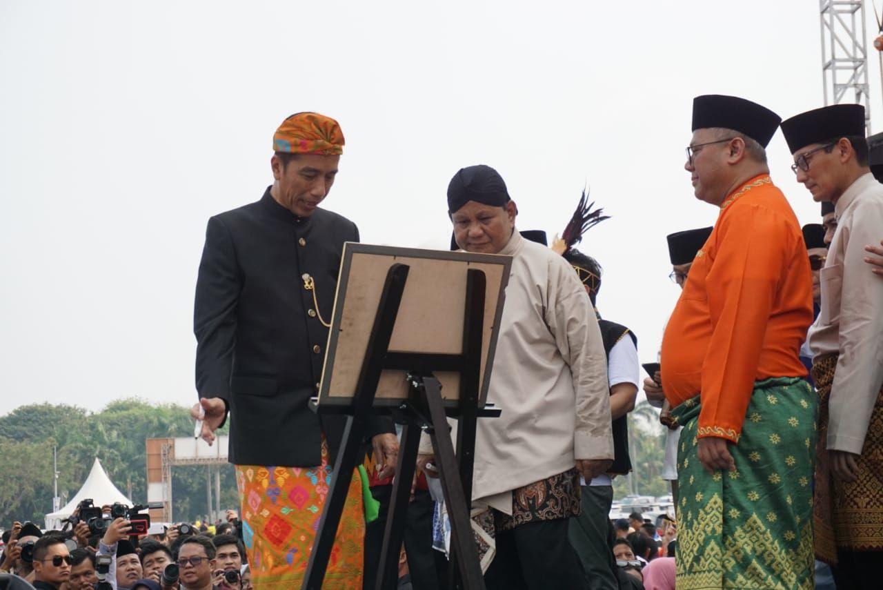 Komitmen Jokowi dan Prabowo di Bidang Pelanggaran HAM Masa Lalu